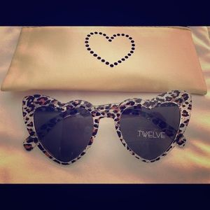 Cheetah Heart Sunglasses with Case